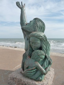 1900-Storm-Memorial-Statue