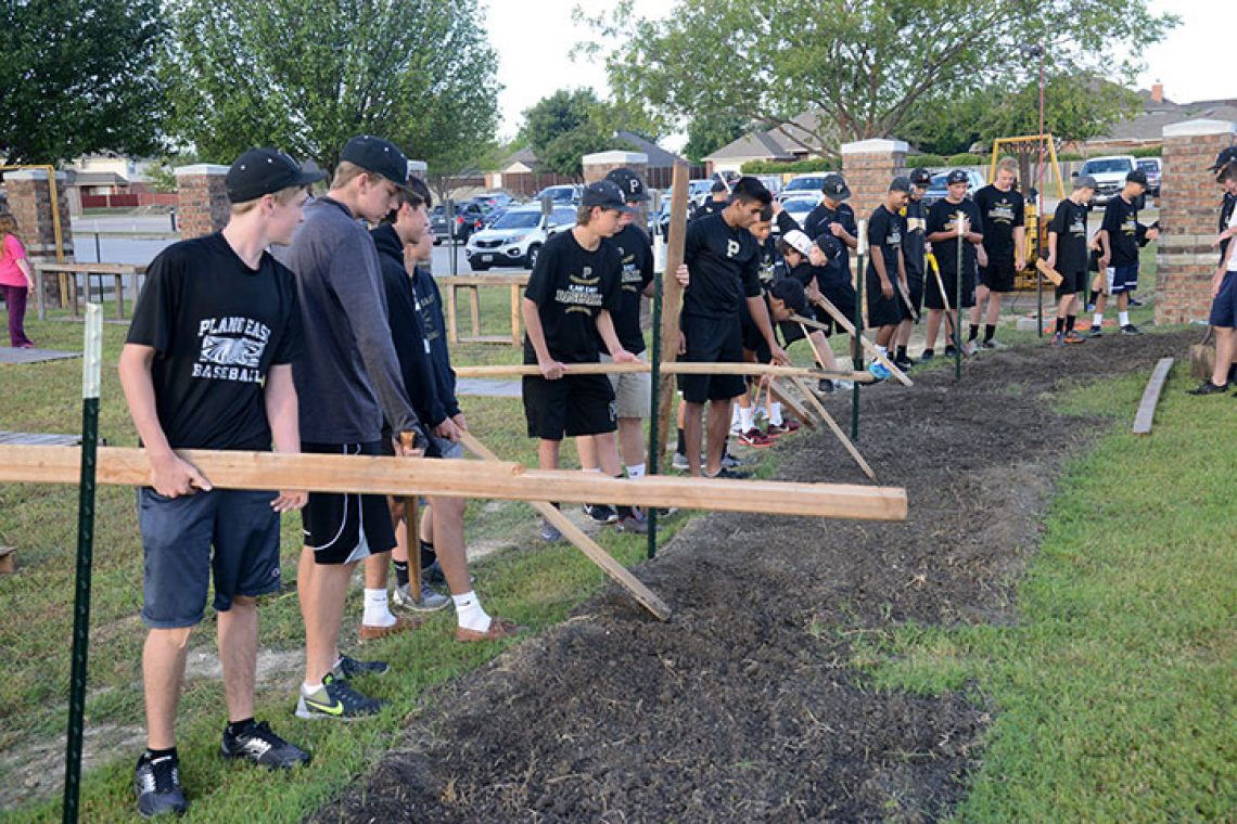 Plano East Baseball Program Helps Out at Murphy Road Baptist Pumpkin Patch