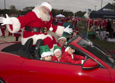 Santa Run Texas brings North Texas community together for a Santa cause