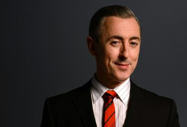 Award Winning Actor Alan Cumming will Entertain Guests at  An Evening of Hope Gala