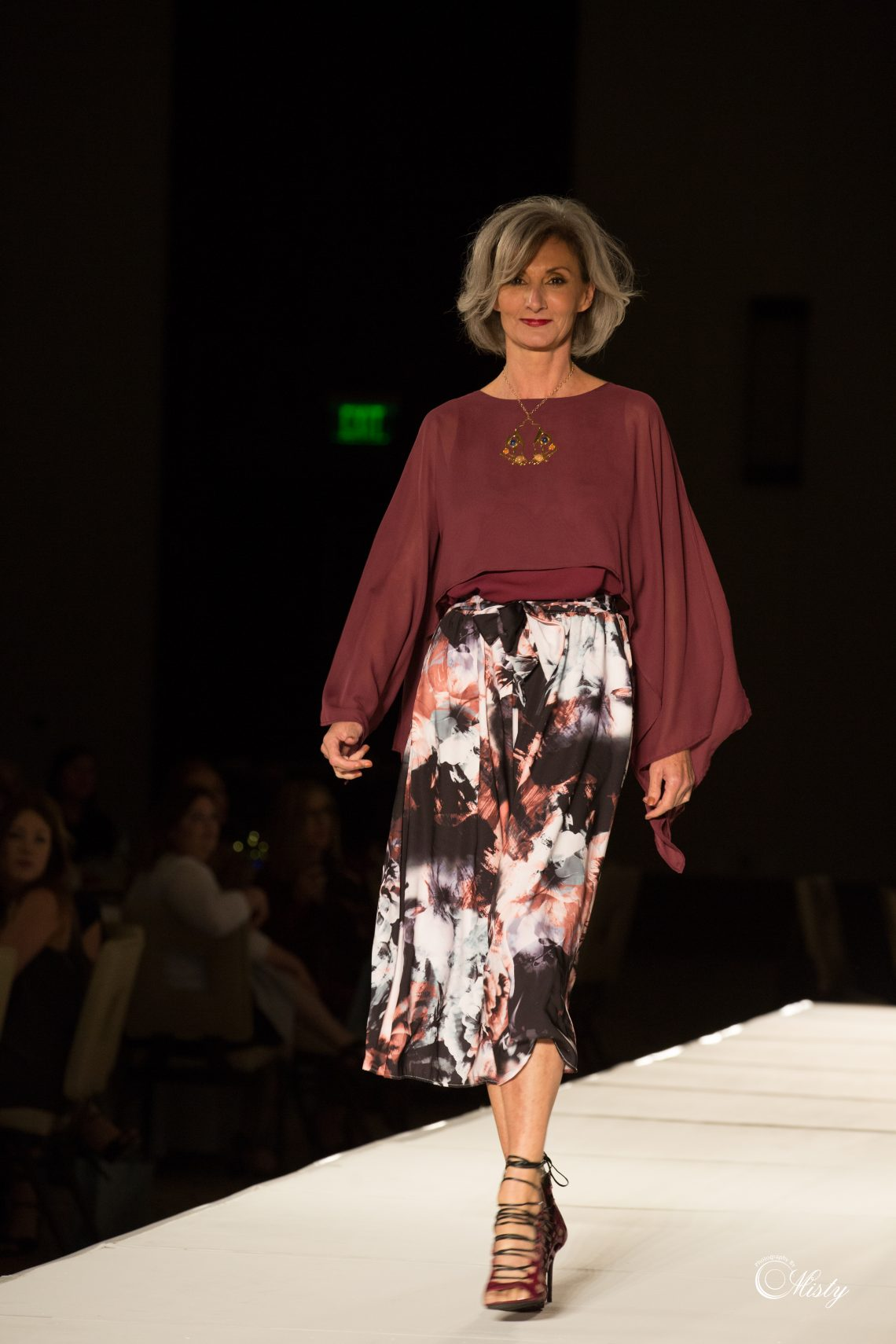 Fashion Show Benefiting Hope's Door New  Beginning Center